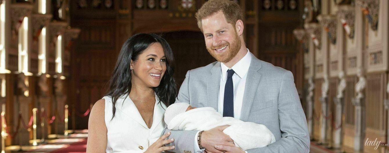 Это так мило: герцогиня Сассекская поздравила всех матерей с праздником и опубликовала новое фото сына Арчи