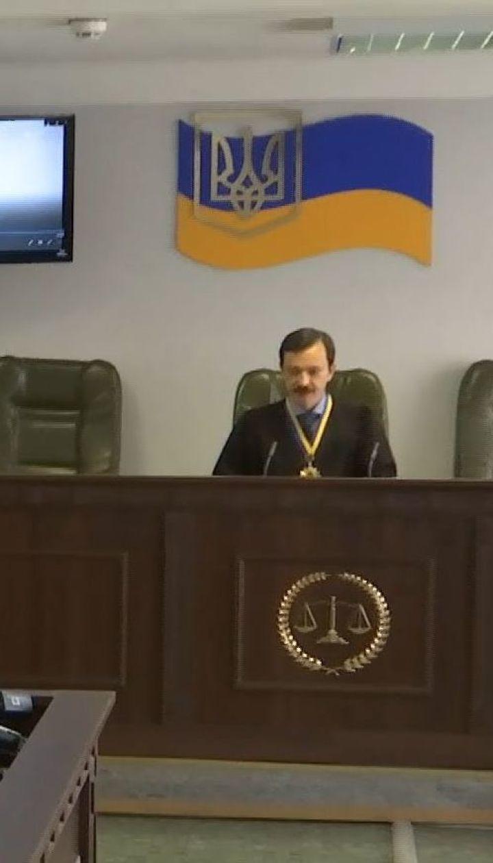 Оболонский суд оштрафовал Зеленского на 850 гривен за агитацию в день выборов