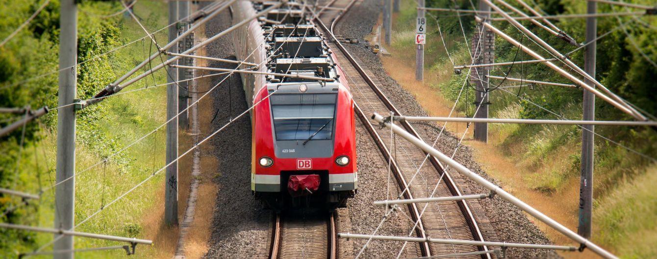 У Кременчуці жінка загинула під колесами потяга