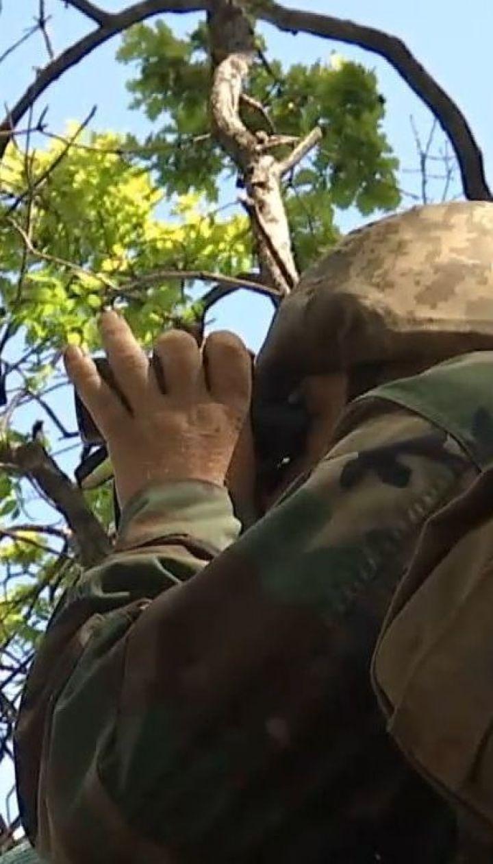 Один украинский военный погиб, еще один ранен на передовой - штаб ООС
