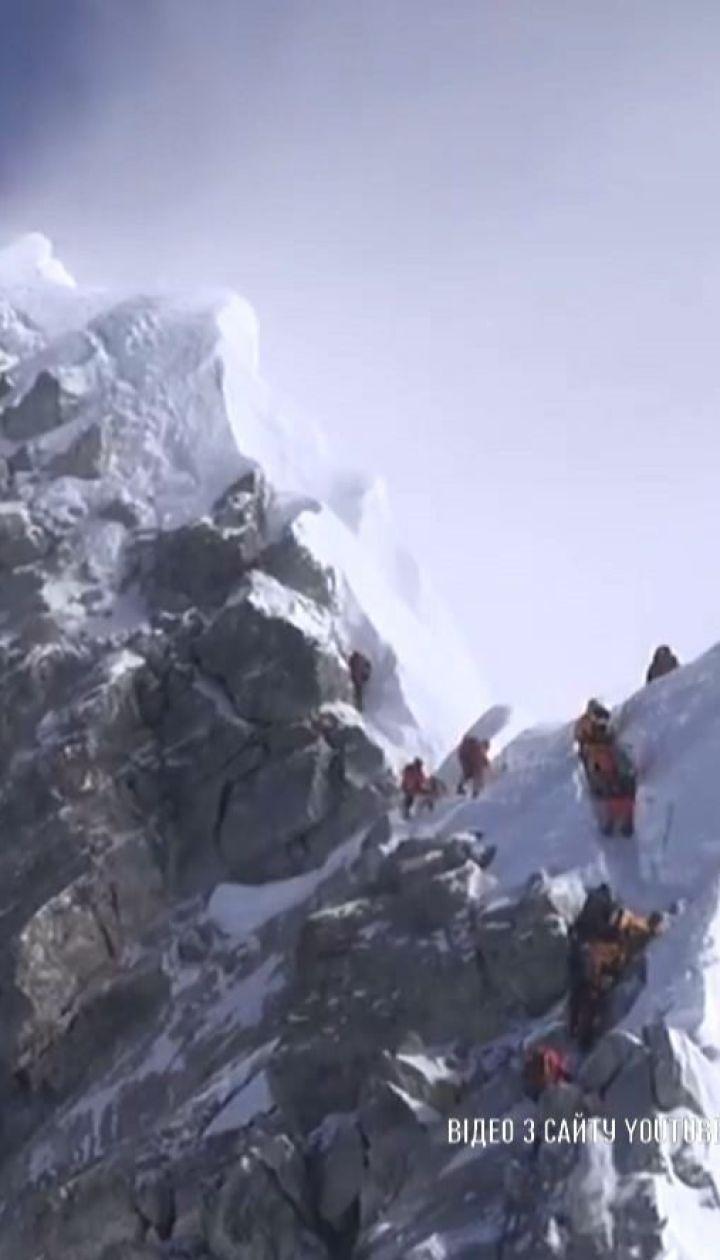 Непалец поднялся на Эверест и побил сразу два рекорда