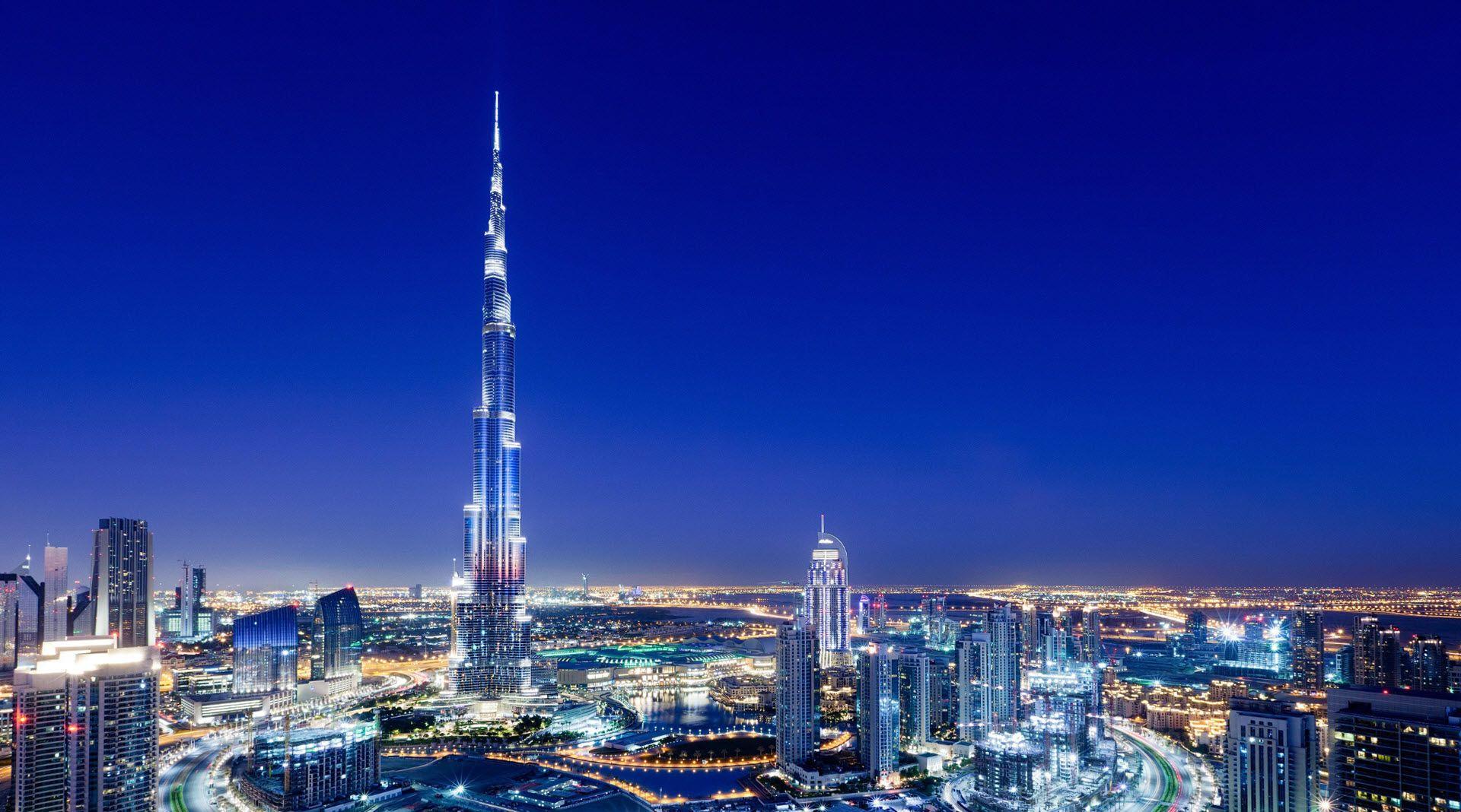 небоскребBurj Khalifa(ОАЭ).