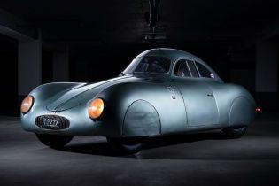 Перше у світі Porsche планують продати за шалені $20 млн