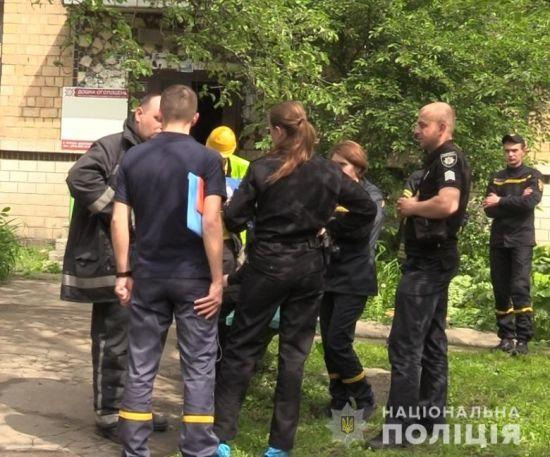 У Києві у власній квартирі підірвався 71-річний пенсіонер