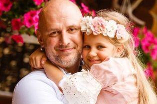 Потап, Джамала та Осадча: українські зірки похвалилися знімками в вишиванках