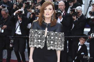 В платье с кожей и кружевом: Джулианна Мур в экстравагантном аутфите на красной дорожке