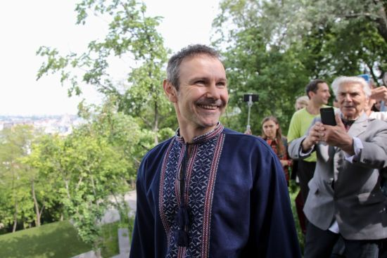 Вакарчук розповів, що йде до парламенту заради звільнення політв'язнів