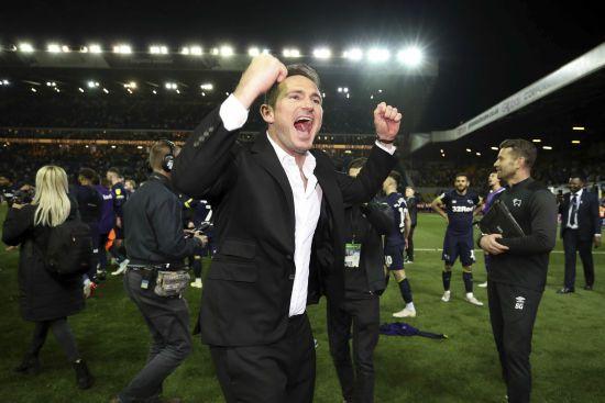 """""""Stop crying Frank Lampard"""". Легенда """"Челсі"""" переспівав глузливу пісню про себе"""