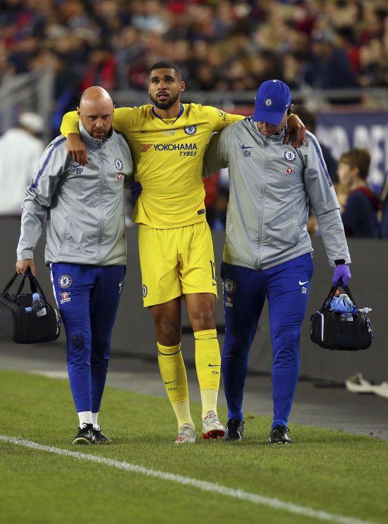 """Футболіст """"Челсі"""" порвав ахіллове сухожилля, його участь у фіналі Ліги Європи малоймовірна"""
