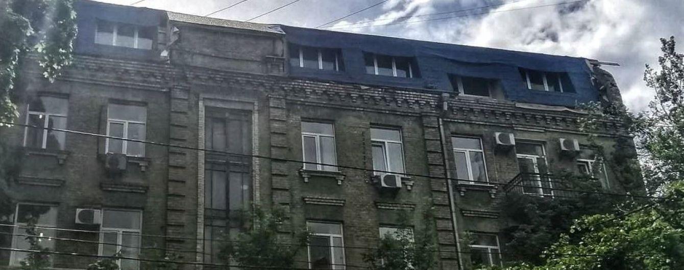 Киевлянин на чердаке высотки зарегистрировал восемь новых квартир