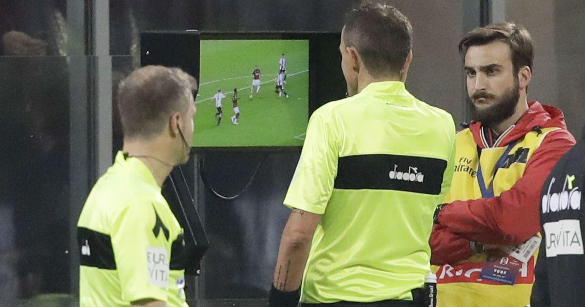 Со следующего сезона в украинском футболе хотят ввести видеоповторы