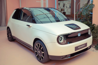 В Европе открыли предзаказ на первый электрокар Honda