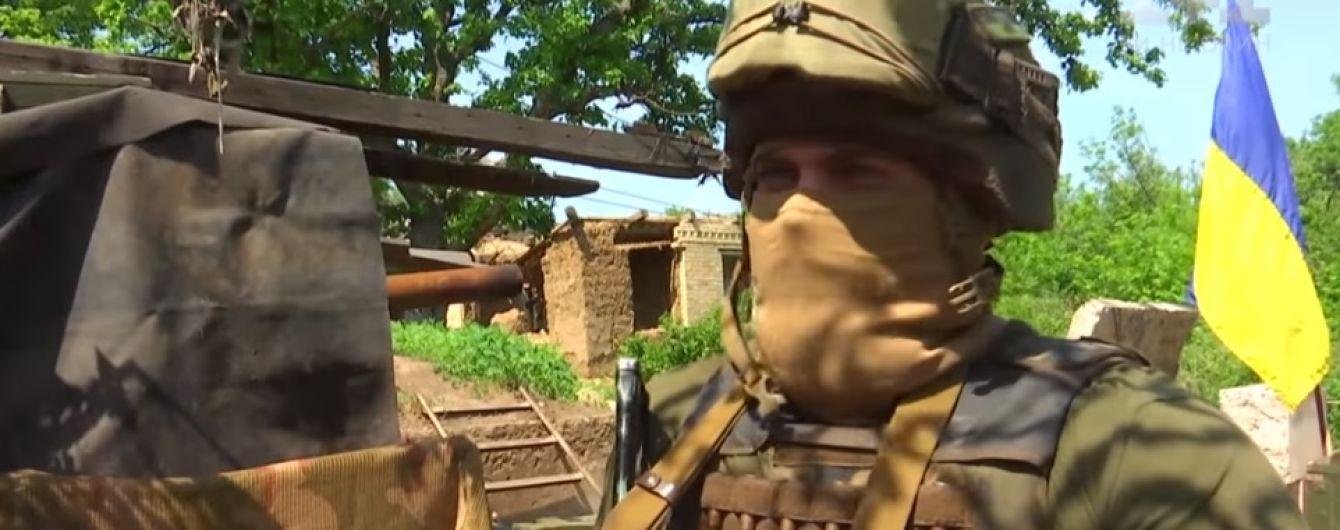 """Інтенсивний бій, тиша і знову обстріл: бійці """"Азову"""" розповіли про ситуацію на передовій під Горлівкою"""