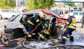 У Дніпрі в жахливій ДТП з трьома автомобілями загинула родина з дитиною