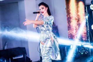 В образі космічної феї: Анна Добриднєва виступила на благодійному вечорі