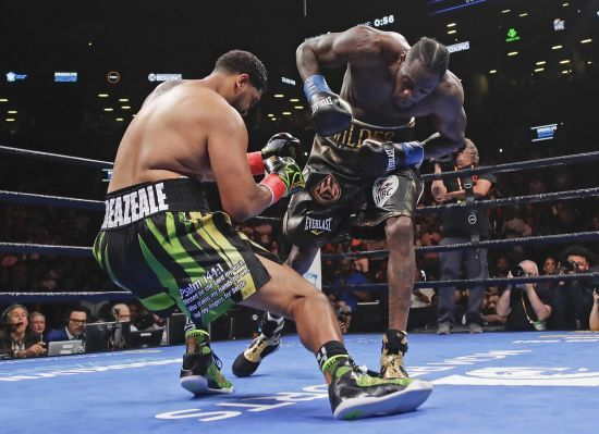 Вайлдер брутально нокаутував Брізіла в першому раунді та захистив чемпіонський титул