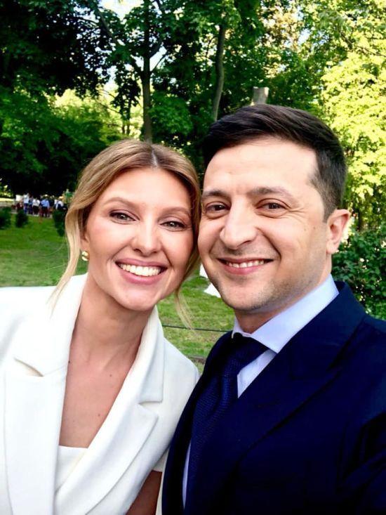 Перша леді України Зеленська завела Instagram та виклала спільне селфі перед інавгурацією