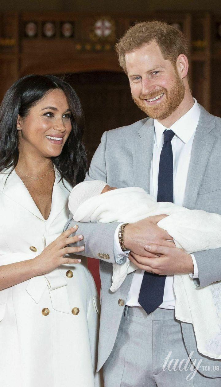 Герцогиня Сассекская и принц Гарри с новорожденным сыном