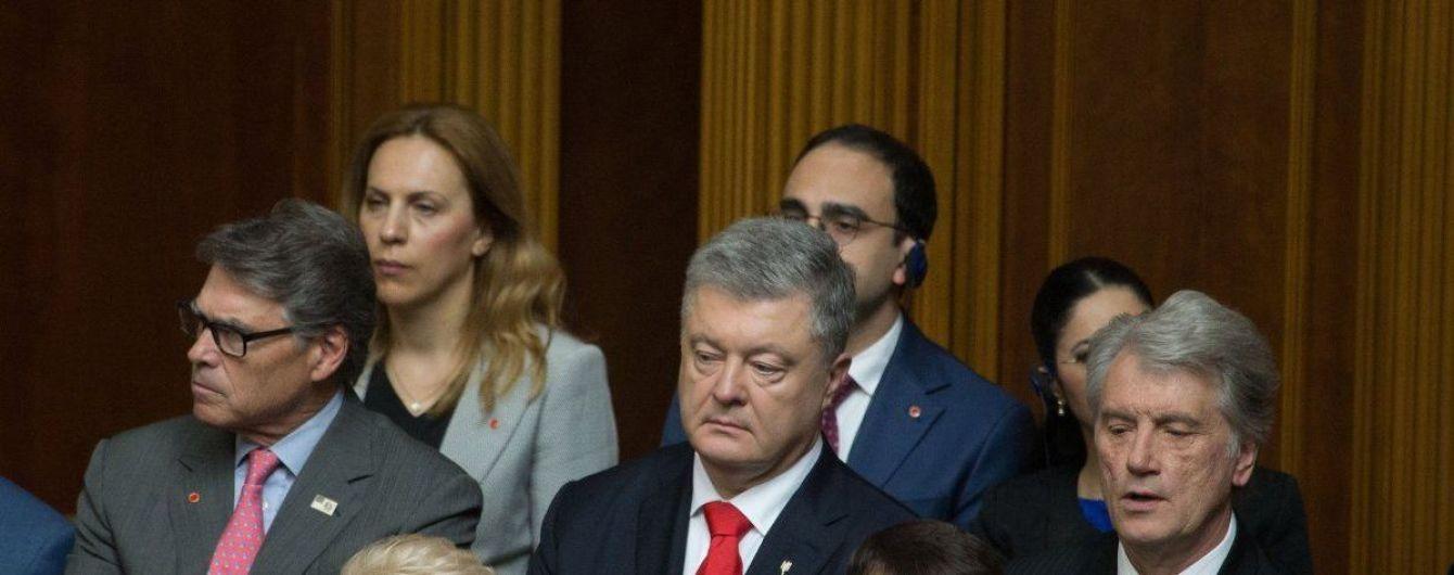 Порошенко назвал своих главных оппонентов и пообещал испортить им выборы