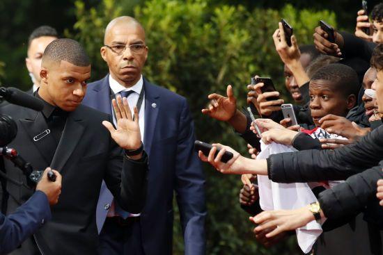Найкращий футболіст Франції натякнув, що час піти з ПСЖ