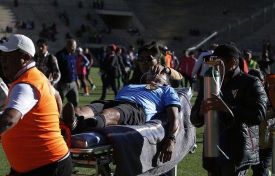 У Болівії 31-річний футбольний арбітр помер від подвійного серцевого нападу