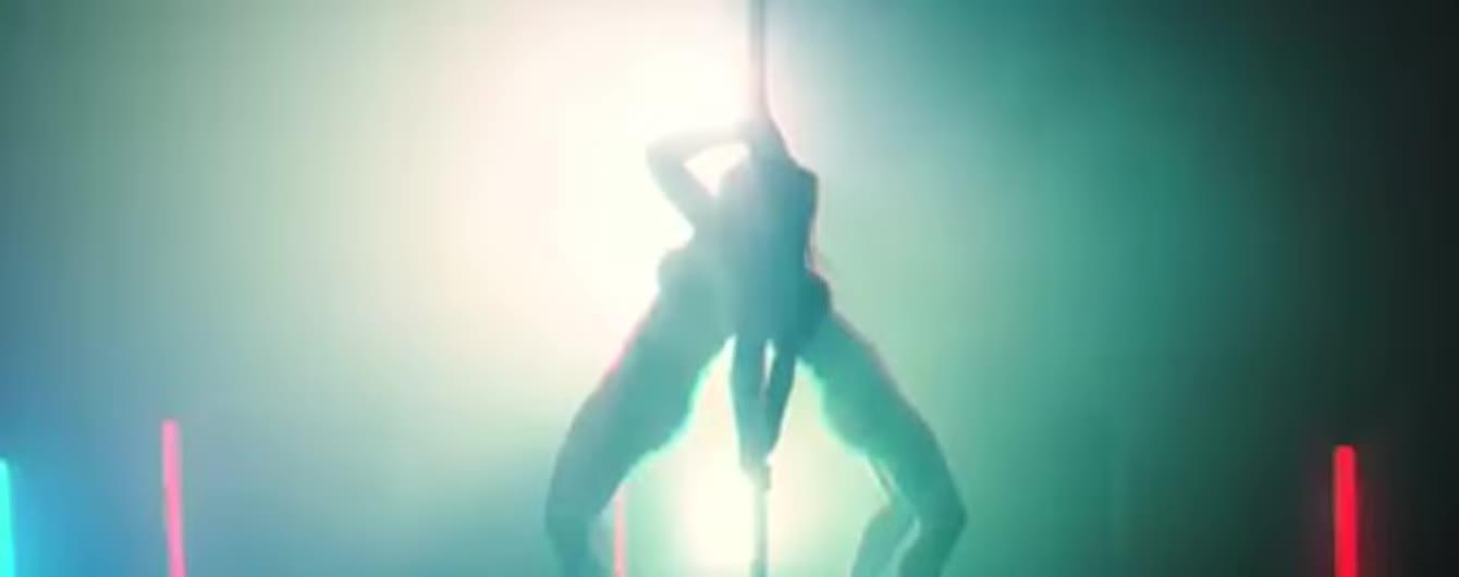 Страстная Дженнифер Лопес в трусах показала идеальное тело в новом видео