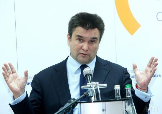 """""""Необхідний крок"""". Клімкін відреагував на пропозицію Зеленського надавати громадянство реформаторам"""