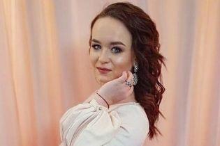 """Победительница """"Голосу країни"""" Алена Луценко выпустила свадебную песню"""