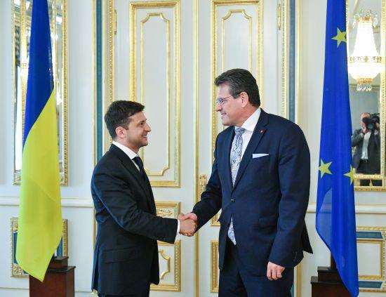 Зеленський планує переговори щодо постачання російського газу до ЄС
