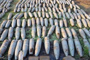 На Луганщине СБУ обнаружила схрон с почти 300 артиллерийскими снарядами