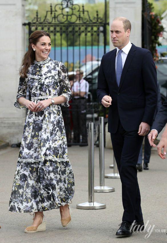Герцогиня Кембриджская и королева Елизавета II_1