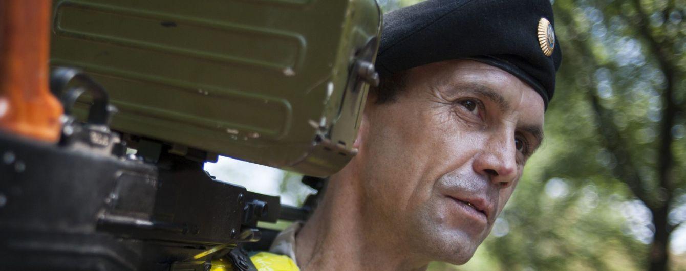 Терористи на Донбасі вісім разів обстрілювали українських військових