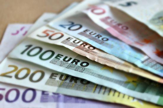Україна отримала мільярд євро від розміщення єврооблігацій