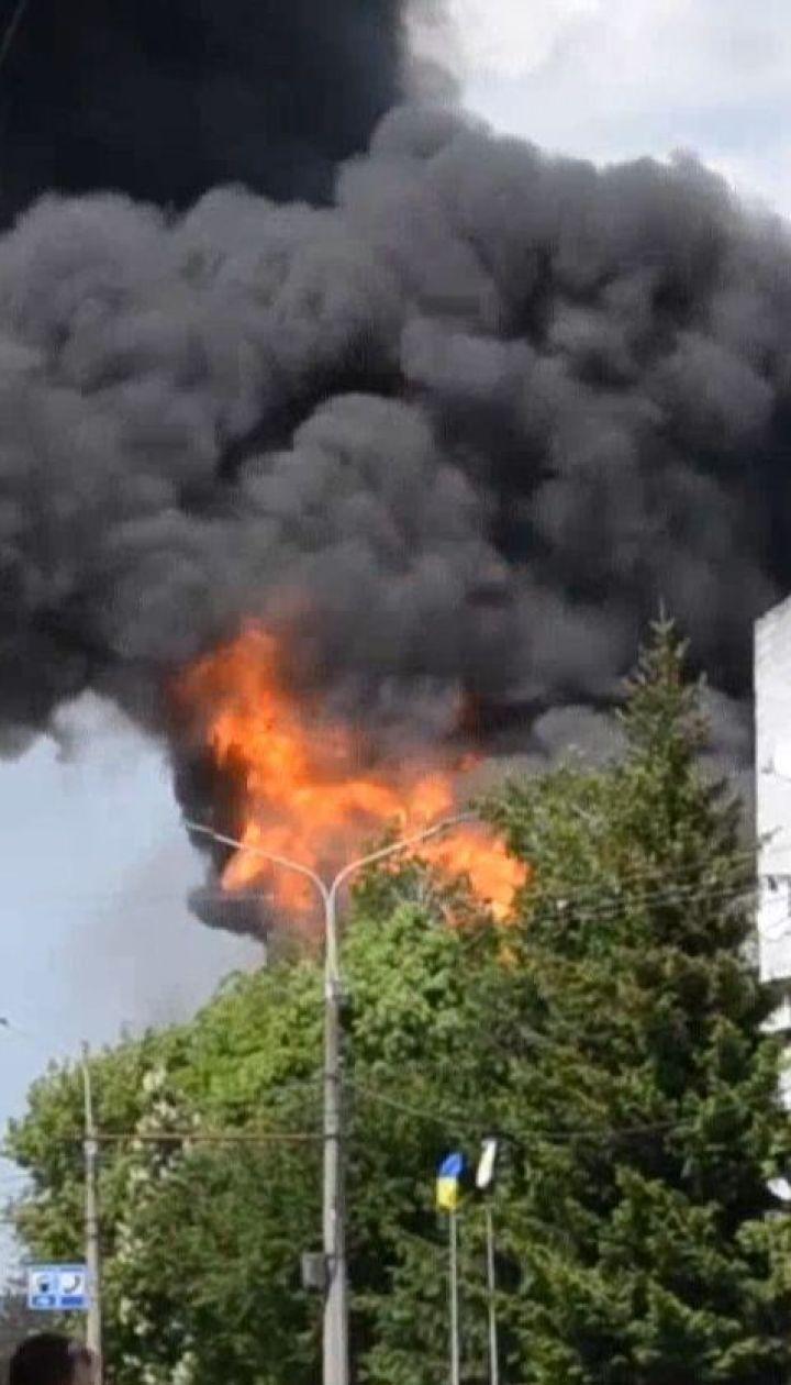 В результате пожара на житомирской заправке пострадали два человека