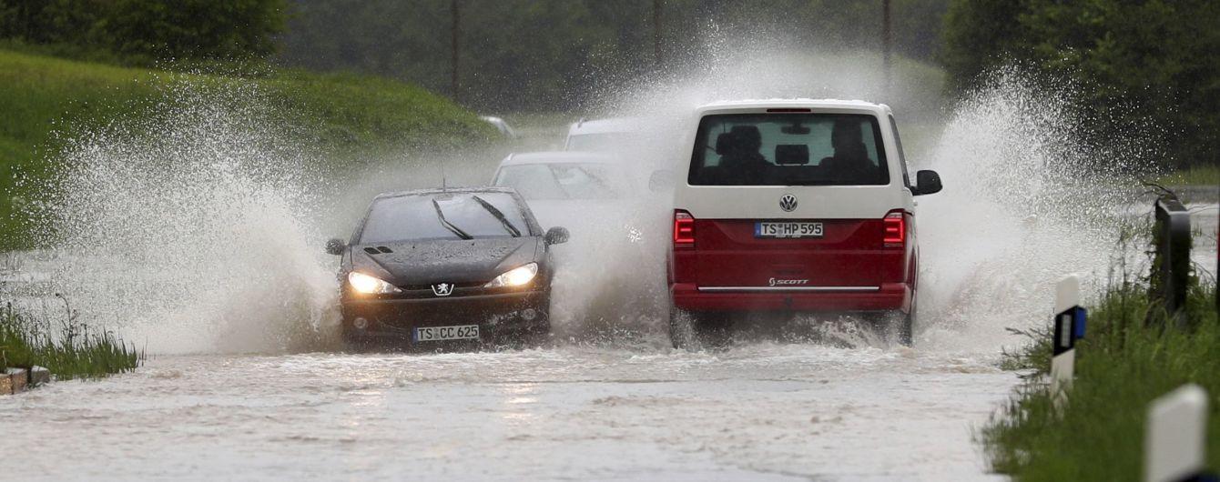 Погода на пятницу: в Украине местами кратковременные дожди и град
