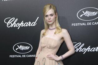 Эль Фаннинг из-за тесного платья потеряла сознание на вечеринке в Каннах