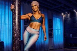 Оце так прес: Дженніфер Лопес продовжує дивувати своєю фізичною формою