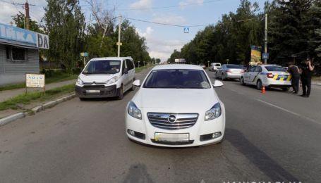 На Винниччине девочка попала на переходе сразу под две машины