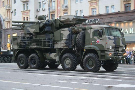 США ввели санкції проти російських військових виробників та навчального центру