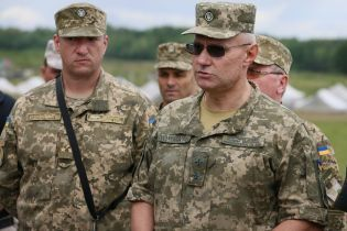 """""""Я виходив разом з тими людьми"""". Начальник Генштабу Хомчак розказав про Іловайськ"""