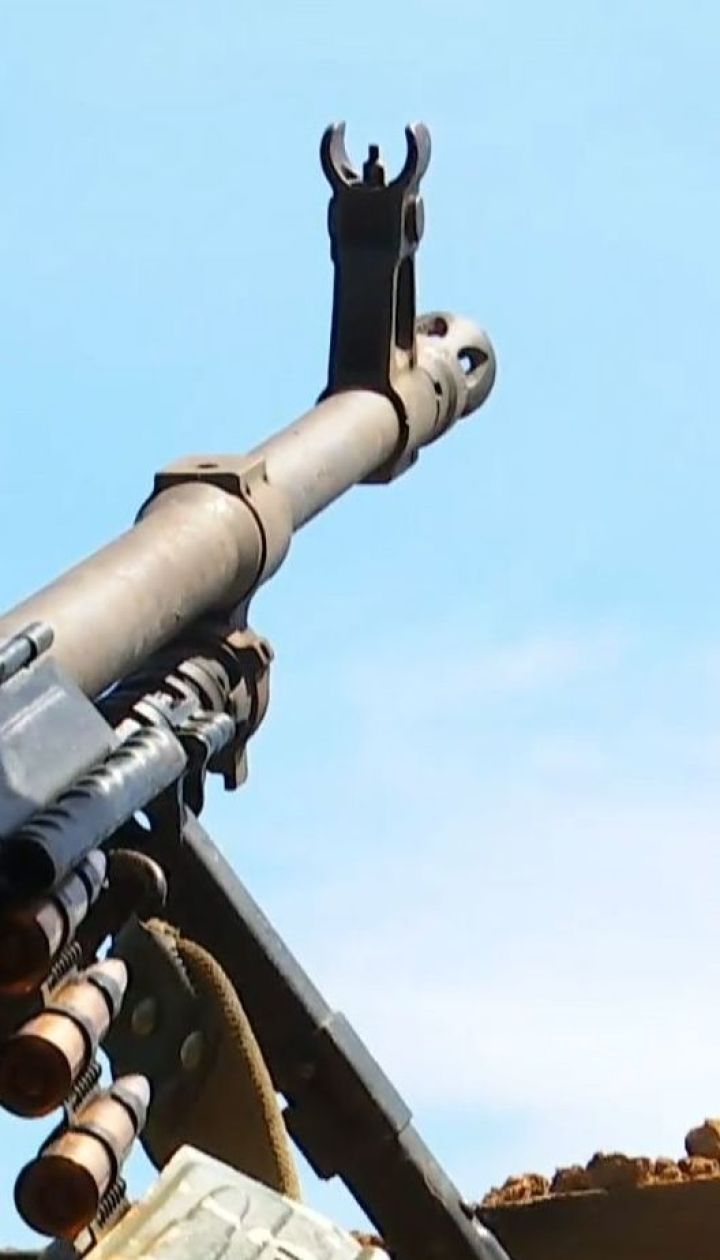 У прифронтових містечках захисники спостерігають військову активність ворогів
