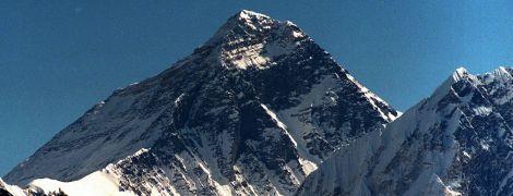 Непал и Китай заново измерят высоту Эвереста