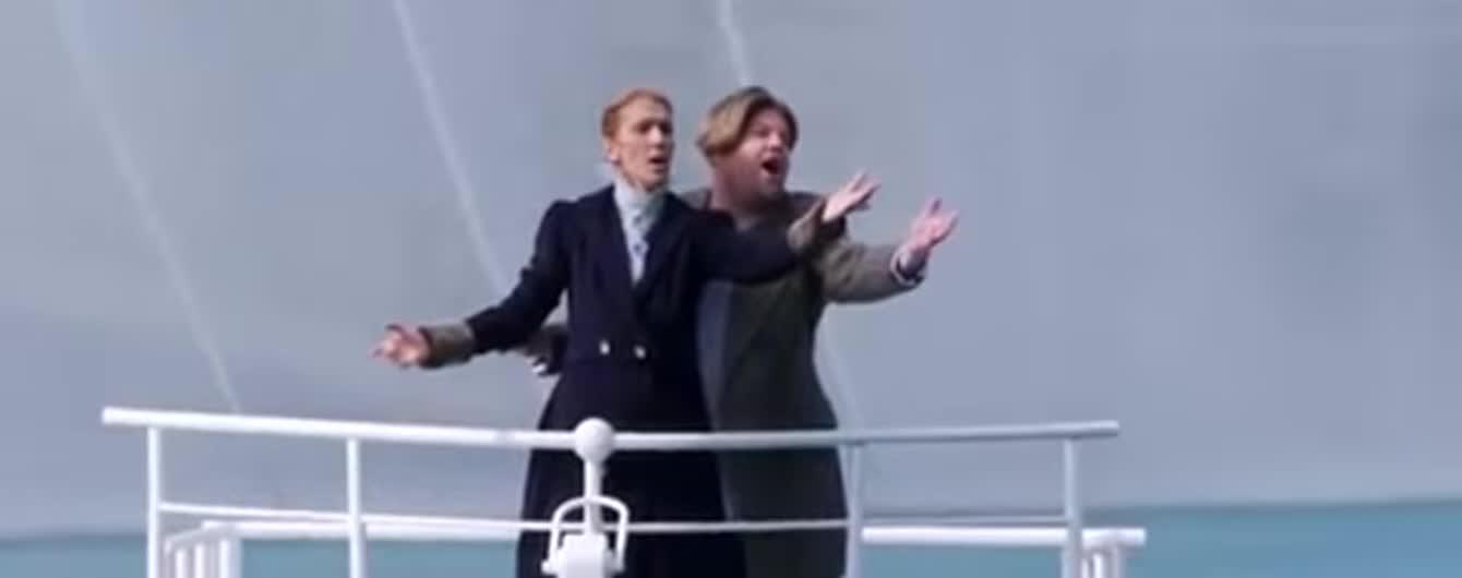 """Селін Діон повторила легендарну сцену з фільму """"Титанік"""""""