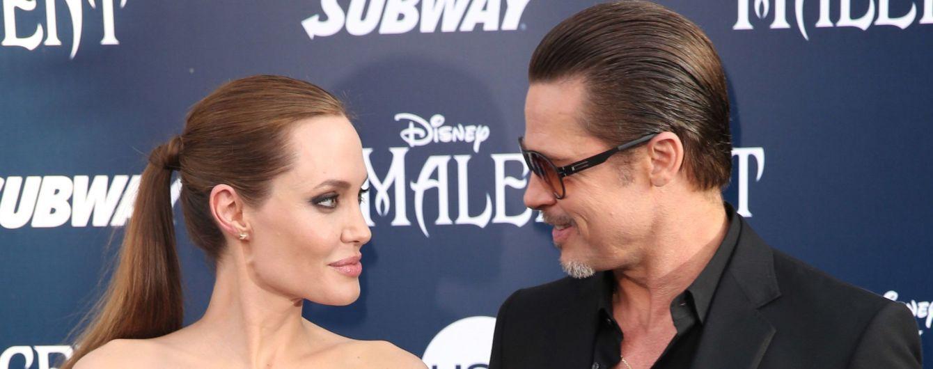 Анджелина Джоли и Брэд Питт наладили отношения после долговременного процесса развода - СМИ