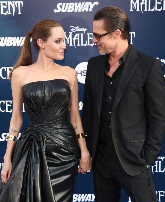 Розлучені Бред Пітт та Анджеліна Джолі об'єдналися заради шампанського