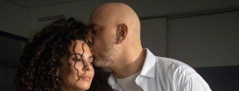 У Мережі вперше з'явилися спільні романтичні фото Потапа і Каменських