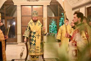 Печерский суд Киева зарегистрировал иск митрополита Александра Драбинко к главе УПЦ МП Онуфрию