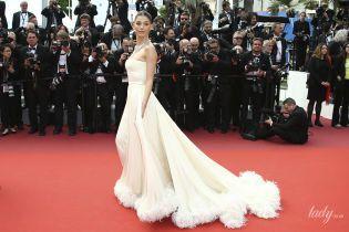 Має розкішний вигляд: кохана Ді Капріо – Каміла Морроне, прийшла на прем'єру свого фільму
