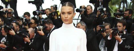 У білому костюмі з голою спиною: Жозефін Скривер здивувала новим образом