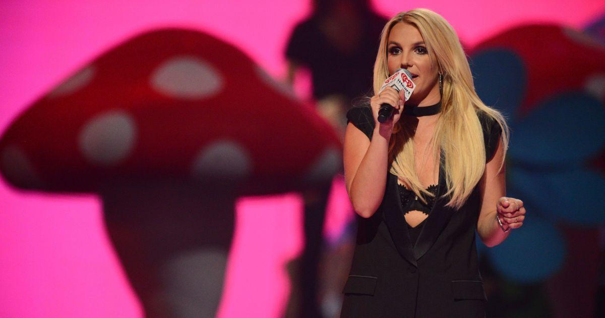 Отец Бритни Спирс хочет продлить опекунство над певицей – СМИ